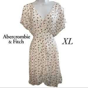 Abercrombie & Fitch White & red floral Dress XL